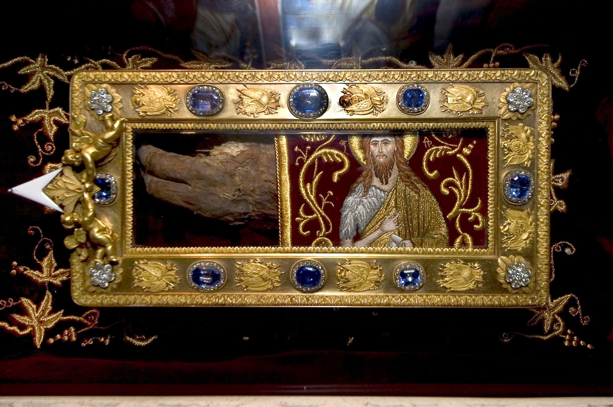 Резултат слика за ruka svetog jovana krstitelja