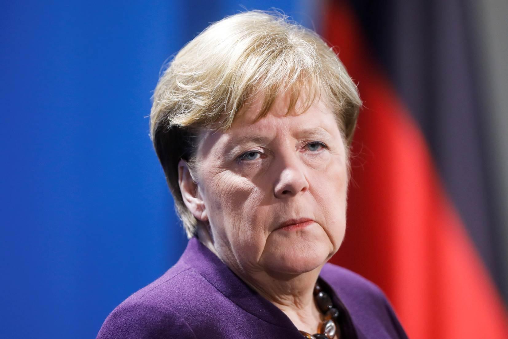 фото меркель с мюнтеферинг автомобилях дэу нексия